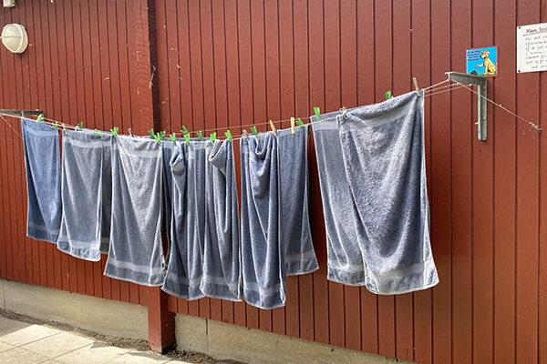 håndklæder på tørrsnor